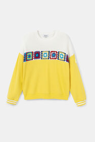 Sweatshirt patch plush, knit and crochet | Desigual