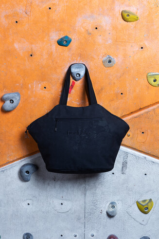 Hexagonal sport bag
