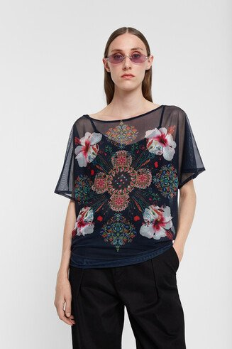 Short sleeve T-shirt flowers