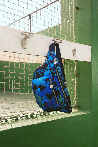 Padded sling bag with floral camouflage   Desigual