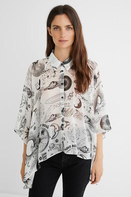 Short asymmetric oversize shirt