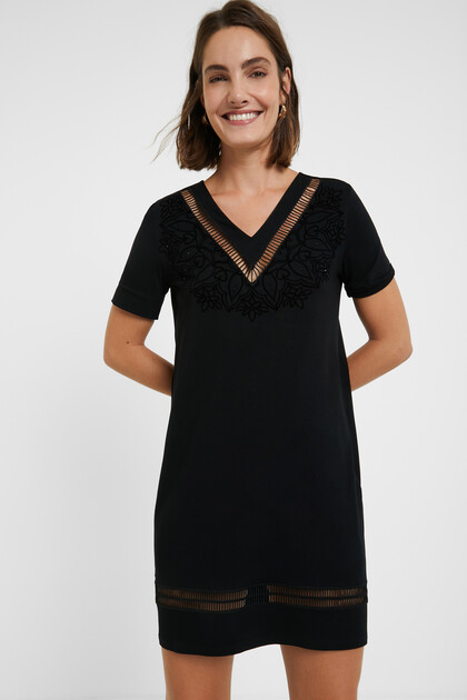 Krótka sukienka z motywem mandali