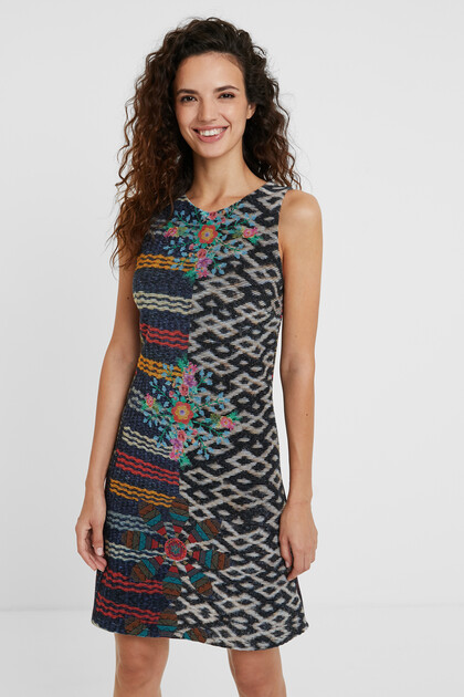 Slim mandalas dress