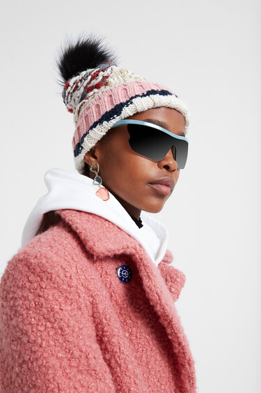 Knitted hat pom pom | Desigual