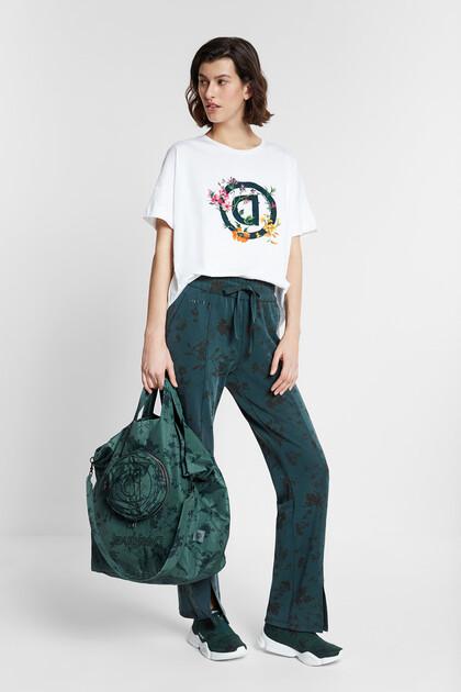 Organic reverse D floral T-shirt