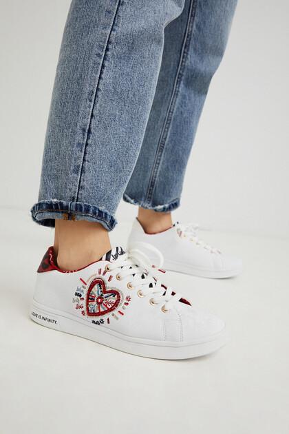 Sneaker classiche ricamate