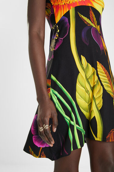 Sleeveless dress pleasant touch | Desigual