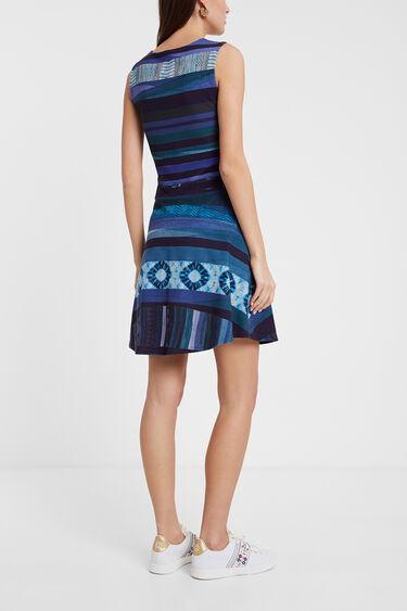 Vestit curt amb franges horitzontals | Desigual