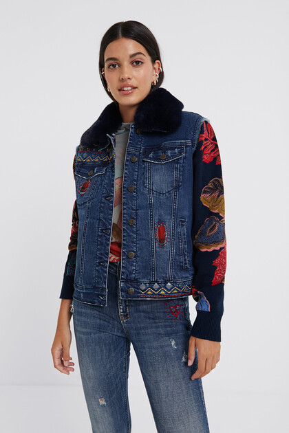 Bimaterial trucker jacket removable collar