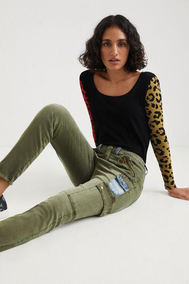 Skinny cargo type trousers | Desigual
