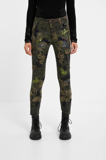 Skinny cargo trousers