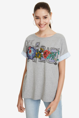 Letters T-shirt Adriana