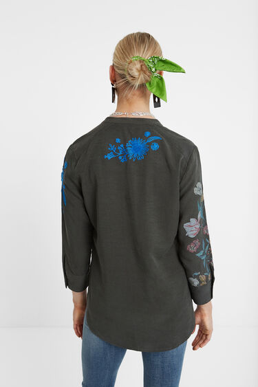 Embroidered flowers blouse | Desigual