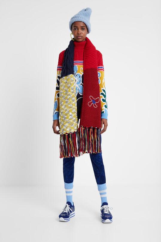 Long scarf with fringe | Desigual