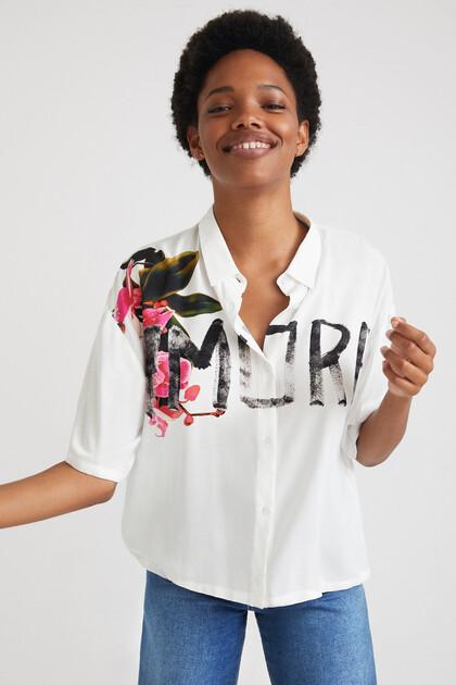 Short oversize shirt lettering