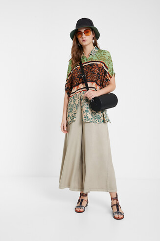 Boho floral shirt