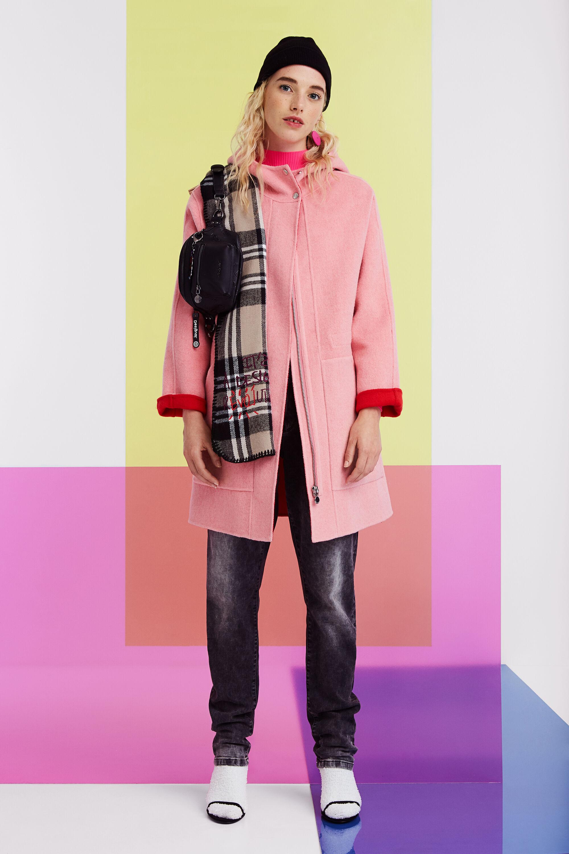 Cappotto di lana con cappuccio