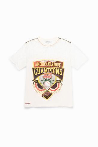 Champions sport T-shirt