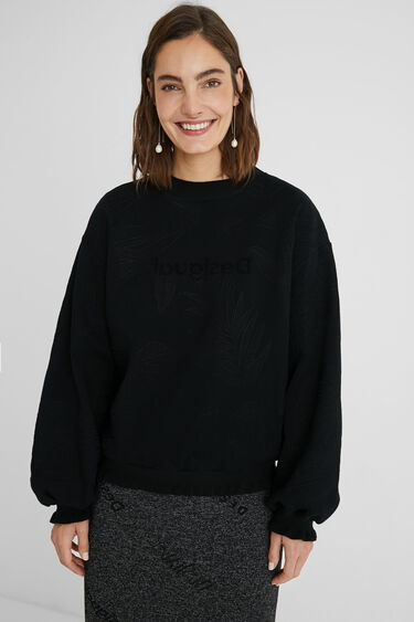Plush sweatshirt embroideries | Desigual