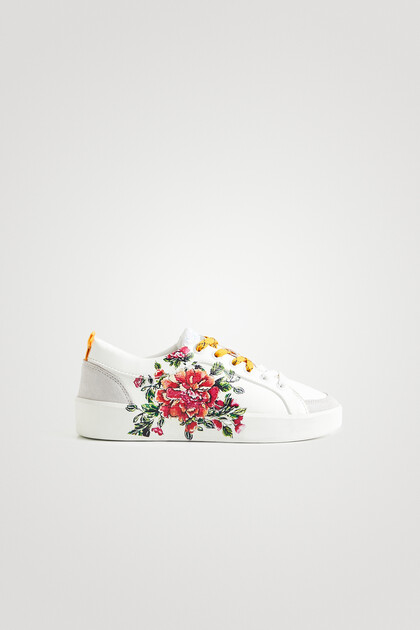 Leather effect sneakers embroidered little sequins