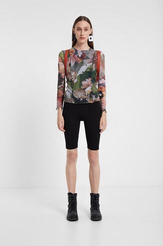 T-shirt floral debruns ondulados