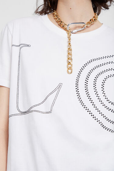 White T-shirt with message LOVE | Desigual