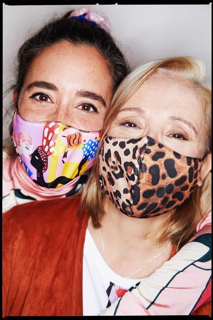 Keep smiling: Ana & Paqui