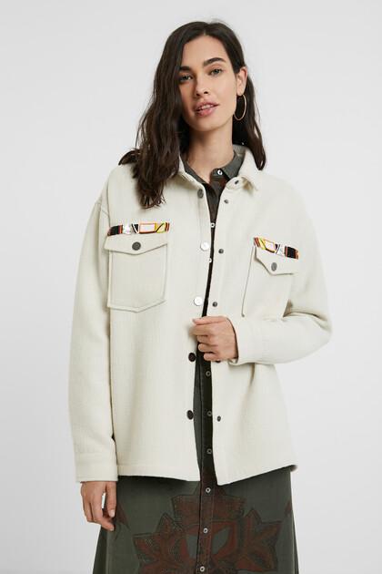 Jacket embroidered pockets
