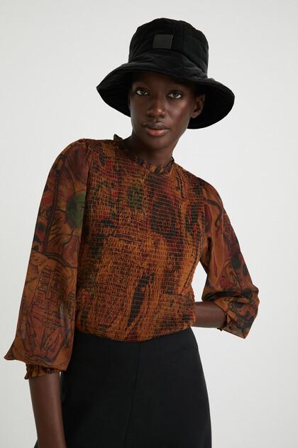 Print honeycomb blouse