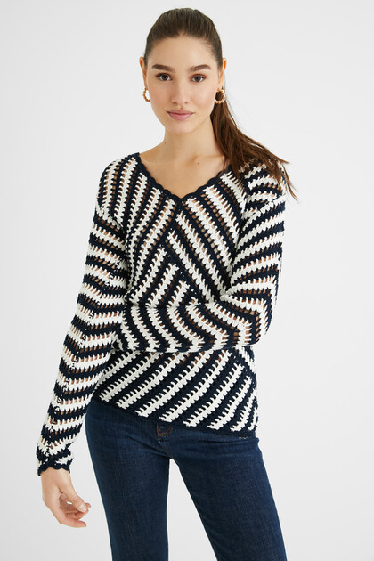 Chunky embossed knit jumper