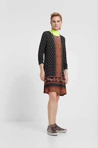 Gesloten boho-jurk