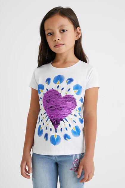 T-shirt com coração e estampado boho