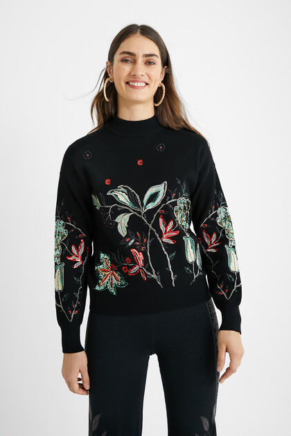 Fine knit embroidered jumper