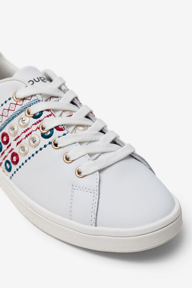 Exotic embroidery sneaker | Desigual