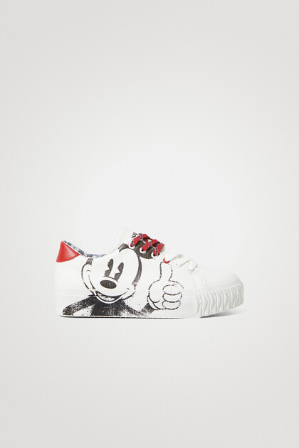 Sneakers Mickey Mouse illustration