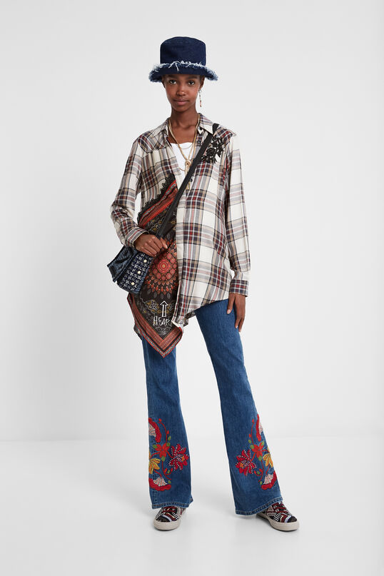 Asymmetric tartan shirt | Desigual