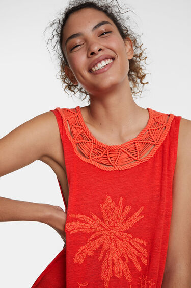 Floral embroidery and macramé T-shirt | Desigual