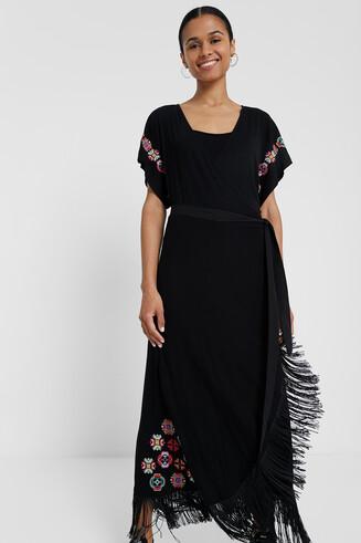 Długa sukienka z frędzlami i geometrycznymi kwiatami