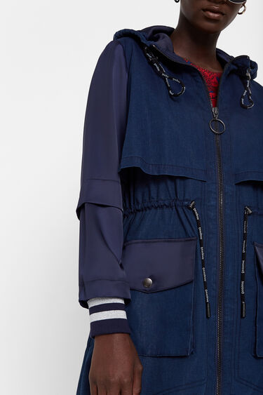 Long gabardine with hood and layers | Desigual
