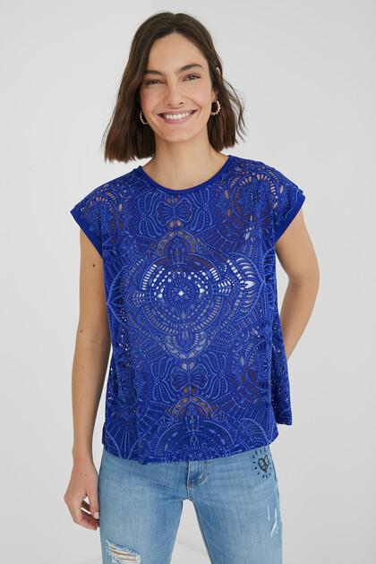 Sleeveless mesh T-shirt