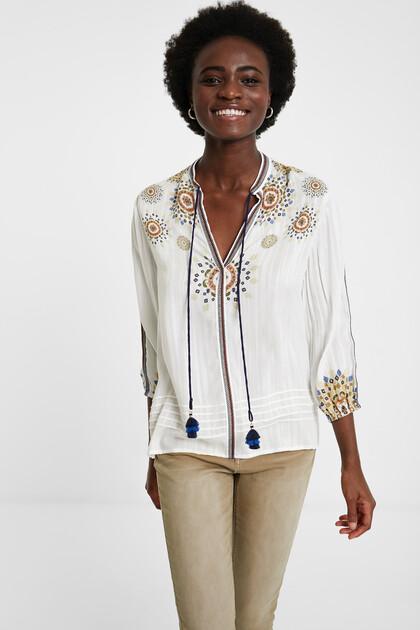Boho blouse 3/4 sleeve and V-neck