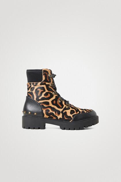 Leder-Boots mit Animal Print