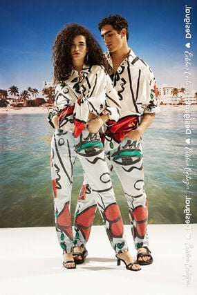 """Oversize shirt with """"El beso"""" print"""