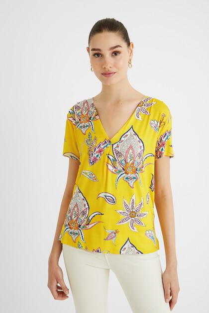 T-shirt paisley V-neck