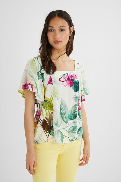 Square neckline blouse