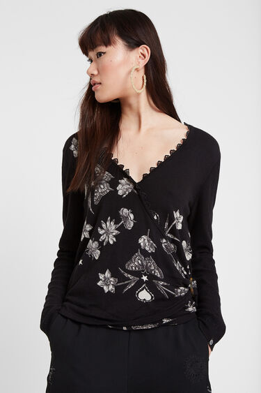 Fine crossed jumper butterflies | Desigual