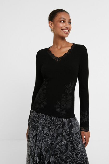 Ribbed floral T-shirt with lace