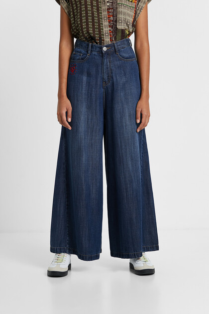 Wide leg Tencel™ jeans