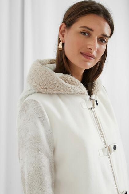 Hooded cloth coat