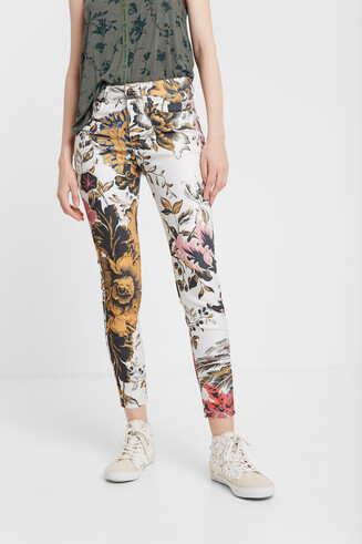 Blumige Skinny Jeans